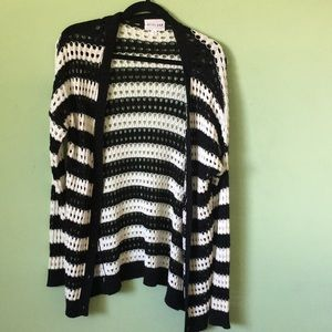 Olive & Oak NWOT black & White button cardigan